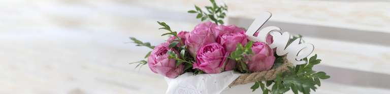 Правила оформления композиции из роз
